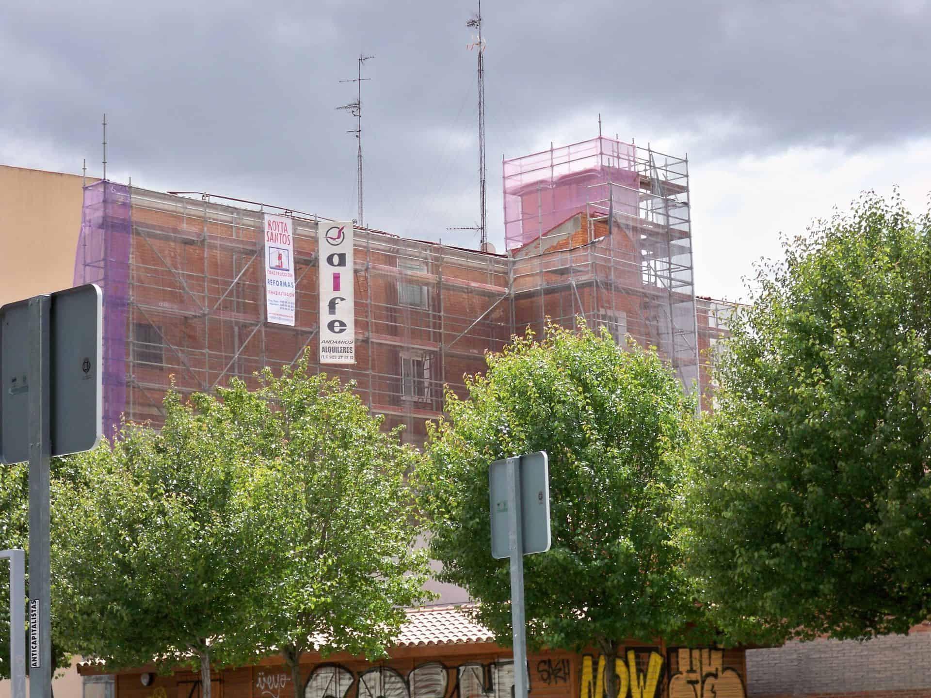 alquiler-andamio-rehabilitacion-fachada